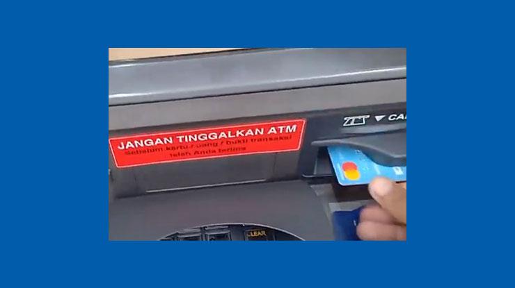 2 Lalu masukkan ATM BCA