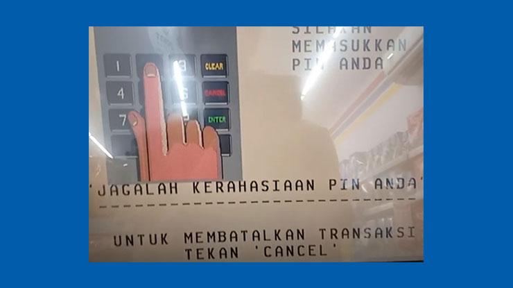 3 Tinggal masukkan PIN ATM BCA lama