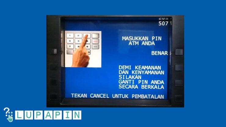 4.Masukkan PIN ATM BRI Syariah.
